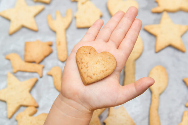 手作りクッキーイメージ,子ども,おやつ,