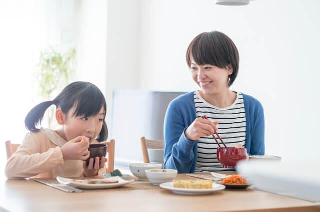 楽しく食べる親子,食事マナー,
