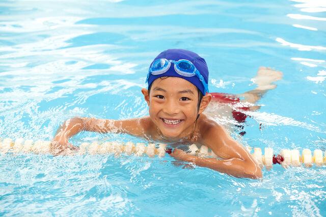 水泳している男の子,愛知県,赤ちゃん,プール
