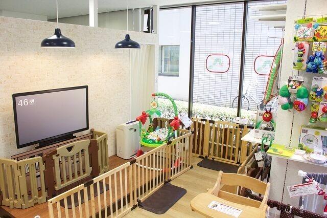 ショールームの全景,日本育児,ベビーゲート,