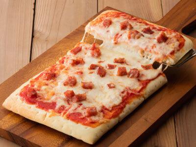 オーブンでそのまま焼けるピザ ごろっとサラミ,シャトレーゼ,アイス,
