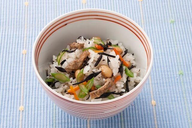 ひじきと大豆の混ぜご飯,冷凍食品,レシピ,