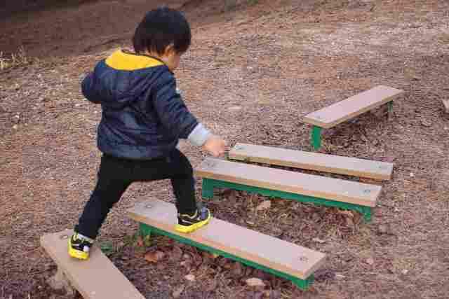 瞬足を履く子ども オリジナル,瞬足,