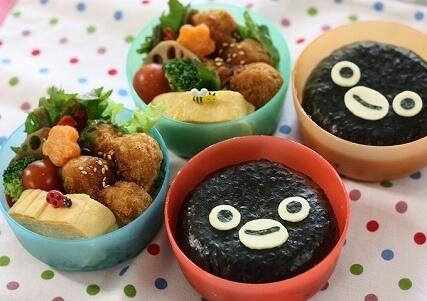 Suicaペンギンの海苔弁当,キャラ弁,おにぎり,