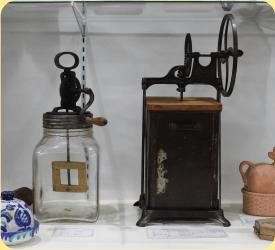 牛乳容器の歴史,トモエ乳業牛乳博物館,