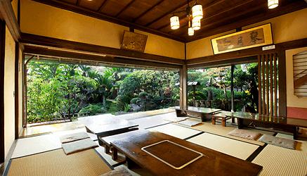 庭を眺められる座敷席,香川,うどん屋,