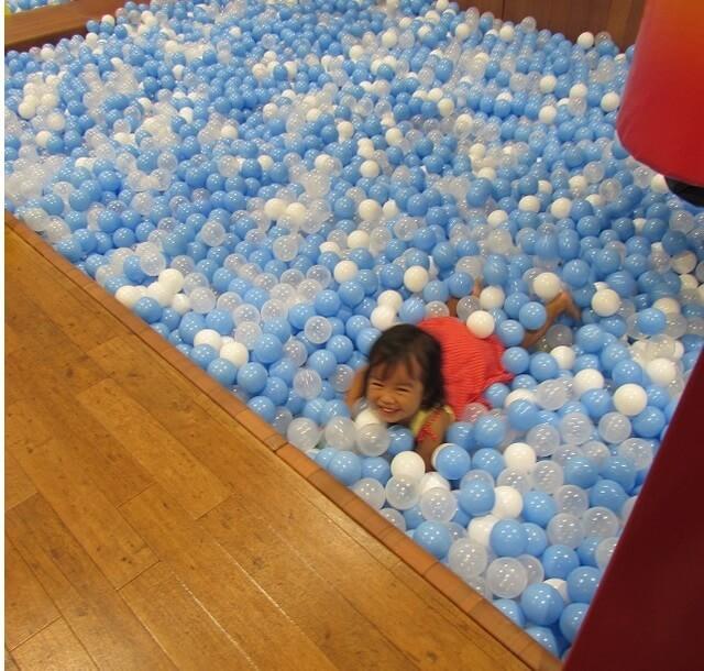 東京こども区こどもの湯のボールプール,おでかけ,子ども,室内施設