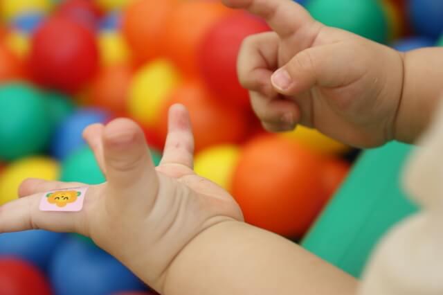 赤ちゃん シール,断乳,卒乳,悩み