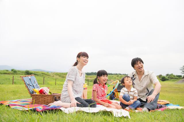 芝生の上でピクニック,長良公園,イルミネーション,