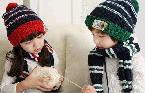 601-ボンボン付き 帽子&マフラー セット 耳も首もふんわりあったか ベビー キッズ ニット帽 おしゃれ 子供 流行かわいい キャップ プレゼント ギフト 誕生日 出産祝い 記念写真の衣装にベビー 防寒グッズ 一枚入れ 並行輸入品,キッズ,子供,帽子