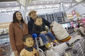 旅行に向かう家族,子連れ,海外旅行,おすすめ