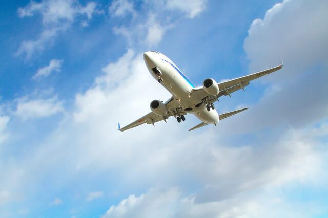飛び立つ飛行機,子連れ,海外旅行,おすすめ