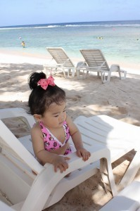 ビーチでくつろぐ子ども,子連れ,海外,ランキング