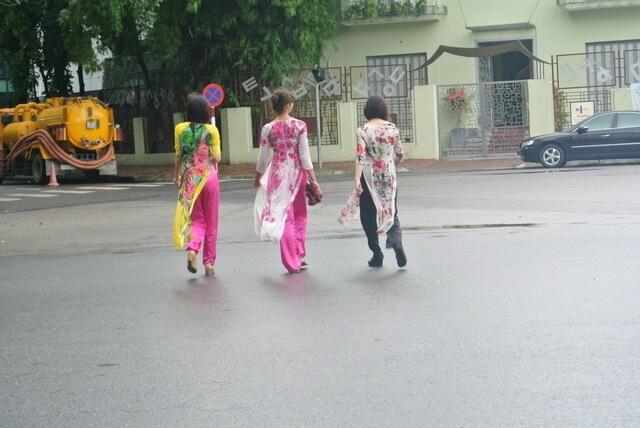 アオザイを着た女性たち,子供,海外,旅行