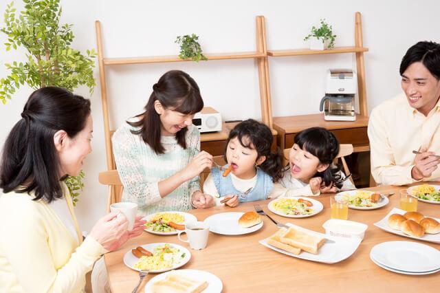 家族で食事,野菜,嫌い,子ども