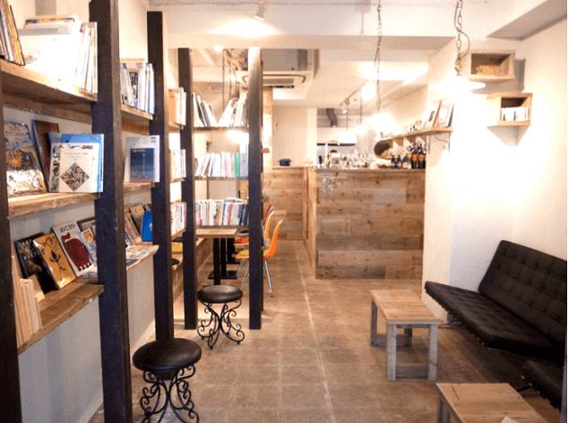 Bookcafe-daysの店内,絵本,カフェ,