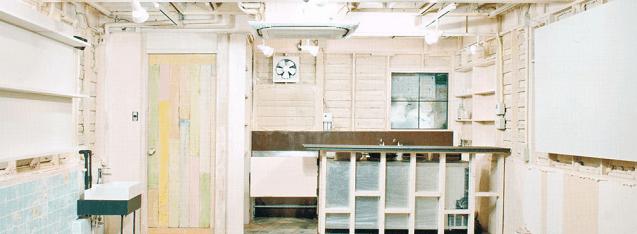 アートスペース「と」の店内,絵本,カフェ,