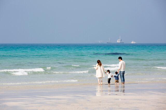 家族旅行イメージ,子連れ,海外旅行,