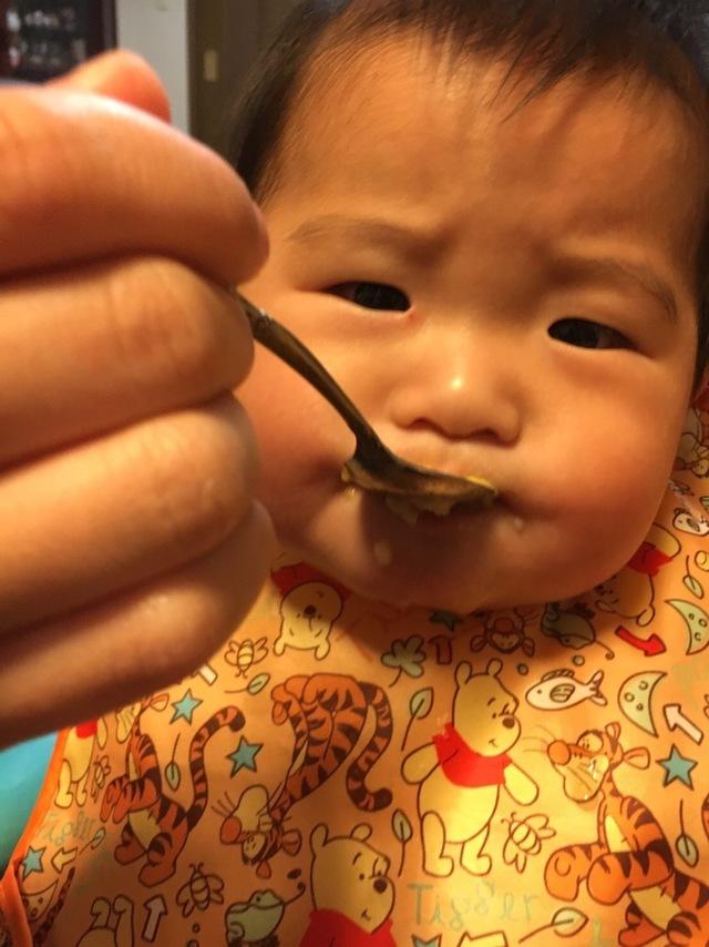 食事をする赤ちゃん,コズレ,プレゼント,当選