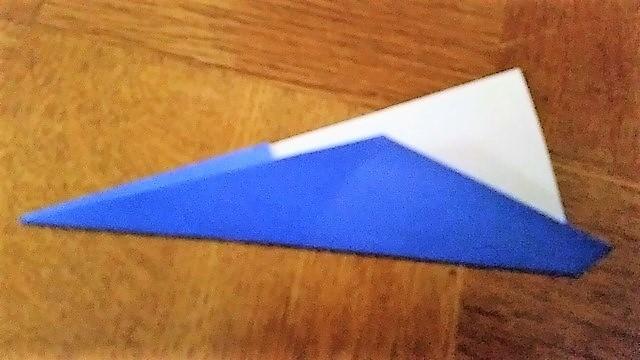 折り紙を半分に折る,折り紙,工作,