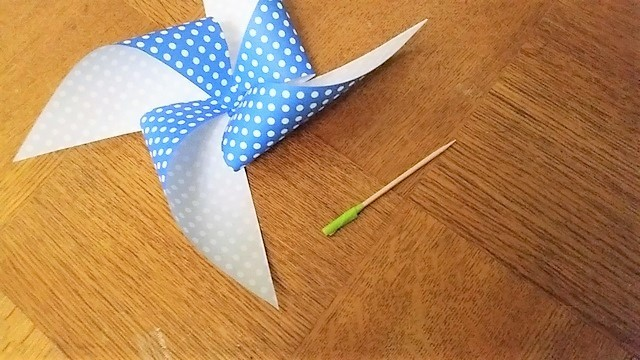 つまようじと折り紙(オリジナル),折り紙,工作,