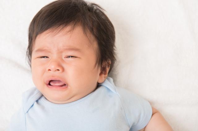 泣く赤ちゃん,赤ちゃん,おむつ,悩み