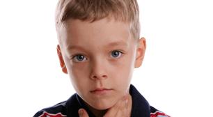 男の子,滲出性中耳炎,