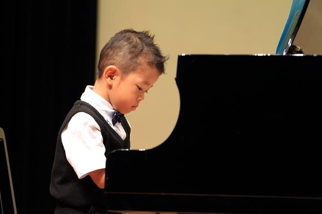 ピアノ発表会,子供服,レンタル,
