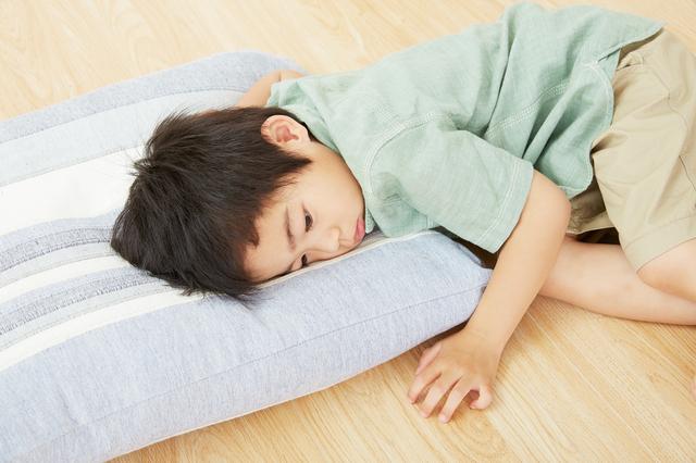 寝ている子ども,子供,とびひ,