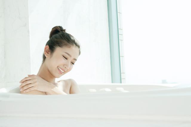 入浴する女性,妊娠初期,お風呂,
