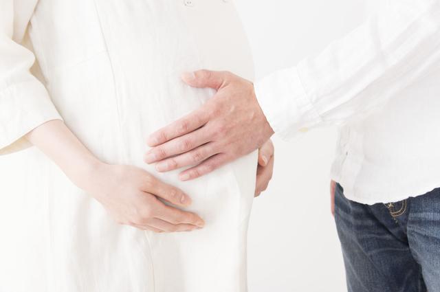 妊婦と夫,出産方法,