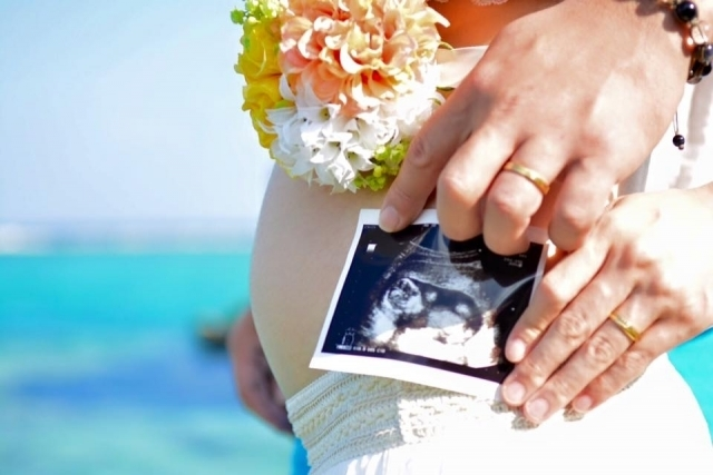 妊婦さんの写真,19週,お腹,