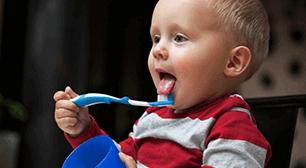 子ども 歯,鉄剤,歯,着色