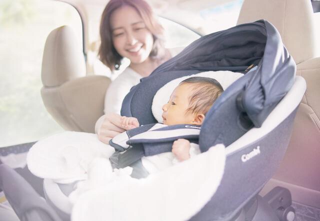1秒タオルのシートで快適な赤ちゃん,コンビ,チャイルドシート,クルムーヴ スマート