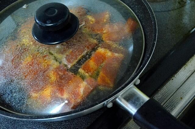 餃子の蒸し焼きイメージ,お弁当,餃子,