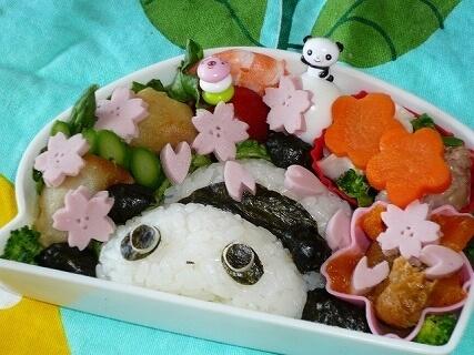 たれぱんだの桜吹雪弁当,お花見,弁当,