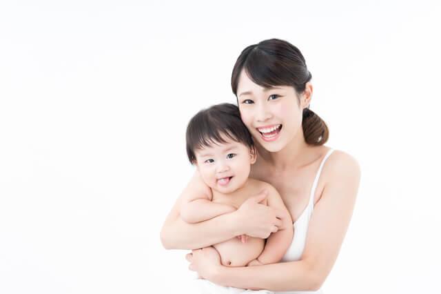 笑顔のママと赤ちゃん,育児休業,期間,産後