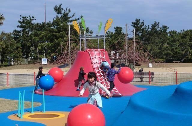 海の中道海浜公園 ちびっこ広場,海の中道海浜公園,サイクリング,遊具