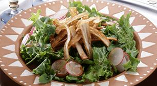 色々な種類の野菜を使ったサラダ,便秘薬,妊娠中,影響
