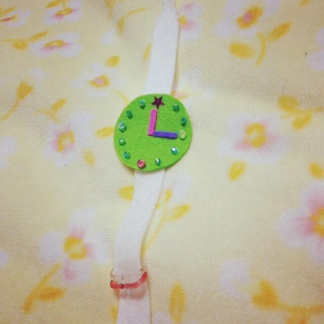フェルトの腕時計(オリジナル),赤ちゃんおもちゃ,手作り,フェルト