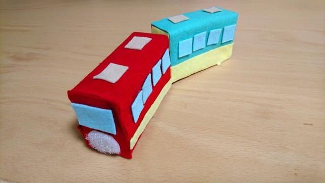 フェルトの電車おもちゃ 手作り,赤ちゃんおもちゃ,手作り,フェルト