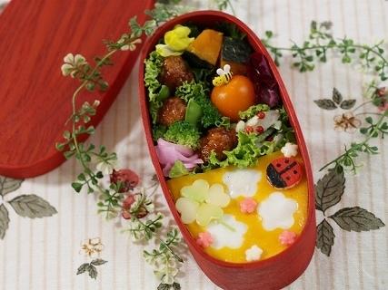 花畑のオムライス弁当,かわいい,お弁当,