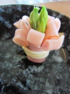 お弁当に!アスパラ&ハムのお花,お弁当,アスパラ,