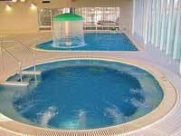 おおね公園の温水プール,神奈川,プール,室内