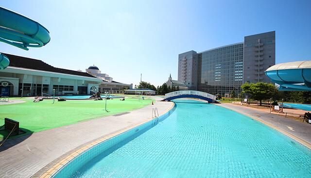 シャトレーゼ ガトーキングダムサッポロ ホテル&スパリゾート,プール,北海道,スライダー