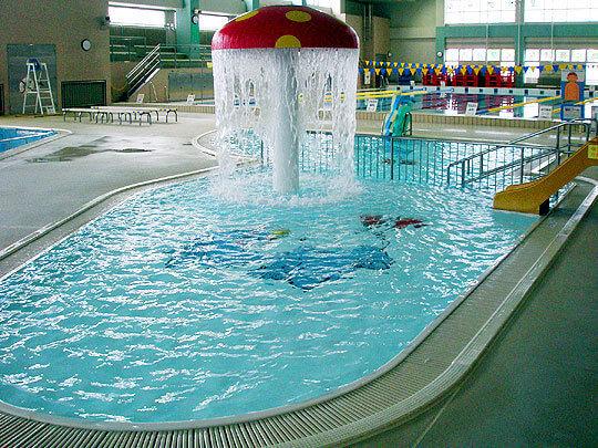 千歳市温水プールの幼児・低学年プール,プール,北海道,スライダー