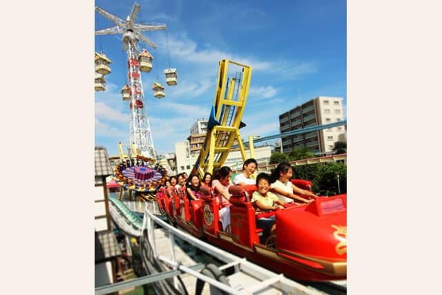 浅草花やしきのローラーコースター,遊園地,東京,