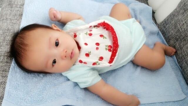 下着姿の赤ちゃん,ベビー肌着,おすすめ,