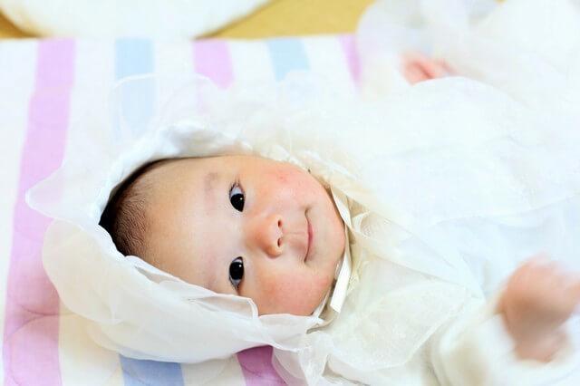 セレモニードレスを着た赤ちゃん,ベビー,セレモニードレス,