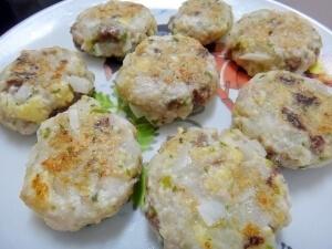 離乳食後期~*手づかみできる*豆腐入りブリバーグ♪ レシピ・作り方,離乳食,ぶり,